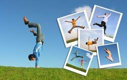 Springende mens in gras en foto's van mensen royalty-vrije stock afbeeldingen