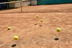 Springende Tenniskugeln Lizenzfreie Stockfotografie