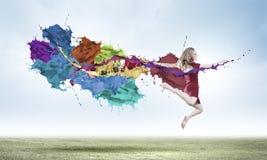 Springende vrouw Royalty-vrije Stock Fotografie