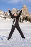 Springender aufregender Frauen-Schnee-Berg Lizenzfreies Stockfoto