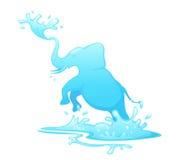 Springender Elefant aus Wasser heraus Stockfotos