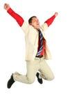 Springender erwachsener Mann lizenzfreies stockfoto