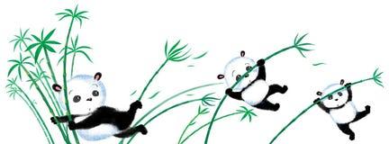 Springender Panda auf Bambus Lizenzfreie Stockfotos