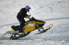 Springender Schneemitfahrer Stockbilder