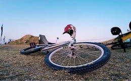 Springendes Fahrrad des Schmutzes Lizenzfreies Stockfoto