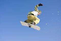 Springendes snowborder Lizenzfreies Stockbild