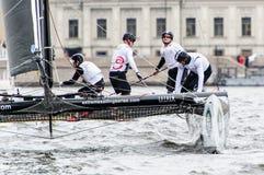 Springer segla serier för ytterlighet 40 2014 i Ryssland, St Petersburg Arkivfoton