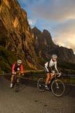 Sprint d'épreuve sur route avec la bicyclette Image libre de droits