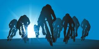 Sprint final de uma raça de ciclismo para a vitória ilustração stock