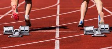 Sprintstart in der Leichtathletik Stockfotografie