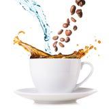Spritzen des Kaffees Lizenzfreie Stockfotografie