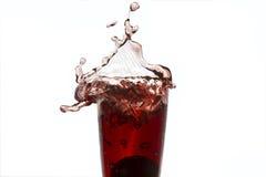 Spritzen des roten Wassers Lizenzfreie Stockbilder