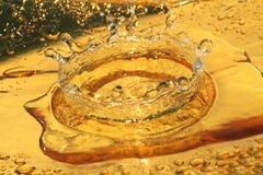 Spritzen Sie vom Tropfen des Wassers Lizenzfreies Stockfoto
