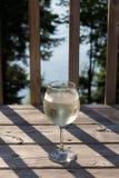 Spritzer del vino blanco Imagenes de archivo