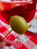 spritzer Italiaans aperitief geboren wit & x28; aqua en wine& x29; dan verbeterd stock foto