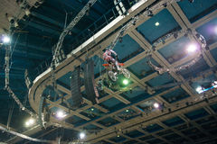 Sprong aan het dak Royalty-vrije Stock Foto's