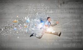 Sprong aan toekomstige technologieën stock fotografie
