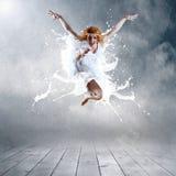 Sprong van danser Stock Foto's