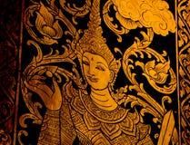Sprookje op de deur in tempel stock afbeeldingen
