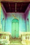 Sprucken konkret tappningväggbakgrund, gammal vägg Royaltyfria Foton