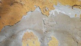 Sprucken lantlig gammal textur för väggtapetbakgrund Stäng sig upp av Gray Orange Wall Pattern royaltyfria bilder