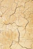 Sprucken leraväggbakgrund Arkivbilder