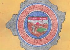 Sprucket hål med för Arizona för USA-stat abstrakt begrepp för flagga skyddsremsa i fasad arkivbild