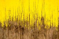 Sprucket trä för gul målarfärg Royaltyfri Fotografi
