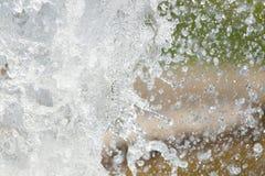 Spruzza dell'acqua in natura Immagini Stock Libere da Diritti