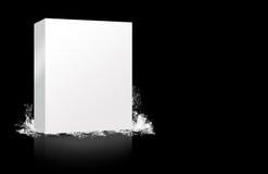 Spruzzata del contenitore di coperchio in bianco Fotografia Stock Libera da Diritti