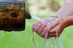Spruzzata dell'acqua fredda Fotografia Stock