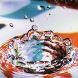 Spruzzata della goccia di acqua Fotografie Stock Libere da Diritti