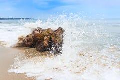 Spruzzata di Wave Fotografia Stock Libera da Diritti