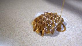 Spruzzi con lo zucchero/polvere in polvere dello zucchero archivi video