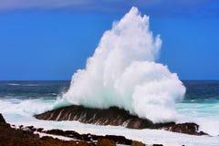 Spruzzo dell'onda del mare immagine stock