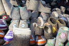 Sprzedaż valenoks przy jarmarkiem zdjęcie royalty free
