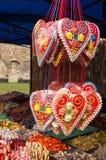 Sprzedaże tradycyjni Bożenarodzeniowi cukierki na jarmarku Obrazy Stock