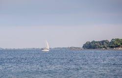Sprzedaży łódź na Choctawhatchee zatoce w Ft Walton plaża, Floryda obraz stock