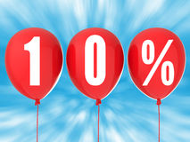 10% sprzedaży znak na czerwonych balonach Obrazy Royalty Free