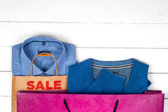 Sprzedaż z butami i koszula Obrazy Royalty Free