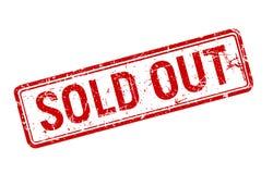 Sprzedający out czerwony grunge znaczek wirował na białym tle, sprzedaż textured odznaka szablon, wektorowa ilustracja zdjęcie royalty free