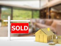 Sprzedający domu znak Zdjęcia Royalty Free