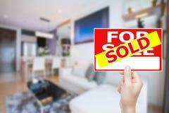 Sprzedający domu znak Zdjęcie Stock