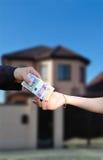 Sprzedawać pięknego nowego dom Obrazy Stock