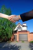 Sprzedawać pięknego nowego dom Zdjęcia Royalty Free