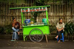 Sprzedawcy uliczni Malang, Indonezja zdjęcia stock