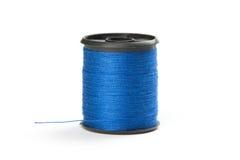 Spule des blauen Gewindes Stockfoto