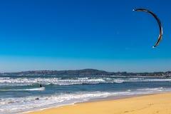 Spuma del pattino nella spiaggia immagini stock