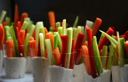 Spuntini delle verdure in yogurt Fotografie Stock Libere da Diritti
