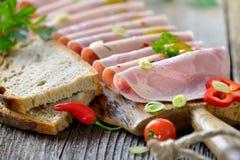 Spuntino con le salsiccie Fotografia Stock Libera da Diritti